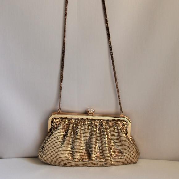 Whiting & Davis Handbags - Vintage Whiting & Davis Gold Clutch Shoulder Bag
